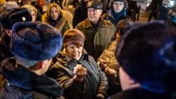 """""""Отставить разговорчики"""". Почему на встречи граждан с властью все чаще вызывают ОМОН"""