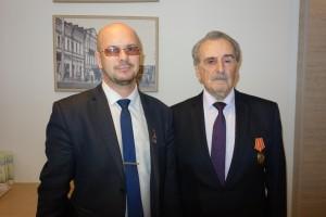 На фото: 1-ый Секретарь Сарапульского ГК КПРФ А.В. Васильев и почётный гражданин города Сарапула Г.Ф. Могилевский