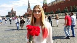 Марьяна Наумова: Родина - это красные звезды над Кремлем, это Гагарин и Сталин