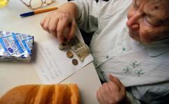 Последний резерв правительства. Чиновники собираются решать проблемы дефицита бюджета за счет пенсионеров?