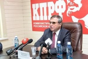 Олег Смолин: Образование — не услуга, а служение