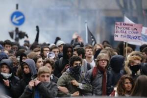 Францию охватили протесты против реформ трудового законодательства