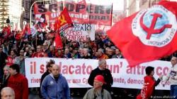 Сотни тысяч человек вышли на акцию протеста против безработицы в Риме