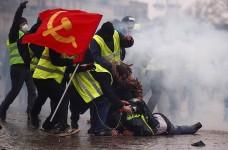 Более 40 тысяч человек приняли участие в протестах во Франции