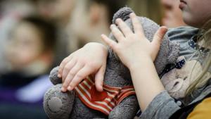 В Удмуртии резко сократили финансирование на приобретение жилья для детей-сирот
