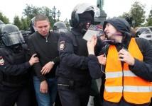 В.Ф. Рашкин потребовал от прокуратуры проверить законность задержания журналистов на несанкционированной акции в Москве