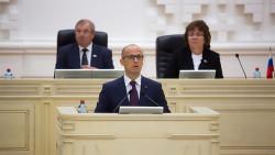 Парламент Удмуртии планирует изменить конституцию для расширения полномочий Бречалова
